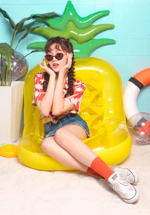 Nối gót Nữ hoàng LGBT Hương Giang, người đẹp chuyển giới Đỗ Nhật Hà nhận làm Host show thực tế - Ảnh 3.