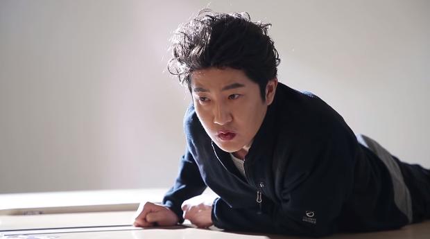 Làm parody sống động hơn bản thật, Song Hye Kyo sẽ khóc thét khi thấy chồng mình bị đổi diện mạo như thế này! - Ảnh 15.