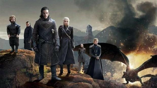 Giữa buổi đọc kịch bản Game of Thrones 8 đã có người bật khóc suy sụp, nhưng thứ này của mẹ Rồng mới giật mình - Ảnh 2.