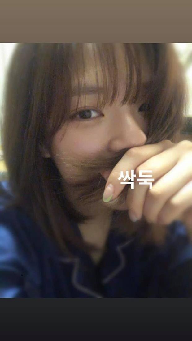 Jeong Yeon cắt lại tóc ngắn sau khi bị netizen Hàn la ó suốt thời gian dài - Ảnh 2.