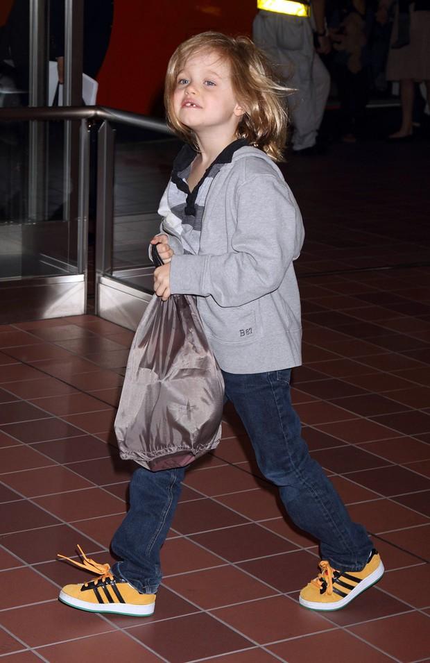 Hành trình lột xác gây choáng của con gái lớn nhà Brangelina: Từ công chúa Hollywood thành tomboy phá cách - Ảnh 12.