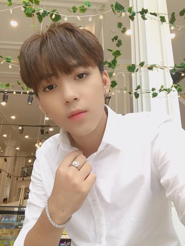 Xôn xao thông tin sắp thành thực tập sinh của SM, liệu Long Hoàng có suất debut vào nhóm nam mới hay không? - Ảnh 1.