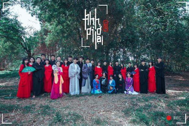 Bộ ảnh kỷ yếu 15 triệu đồng hoá thân vào các nhân vật truyện Tấm Cám đẹp xuất sắc của học sinh Đắk Lắk - Ảnh 2.