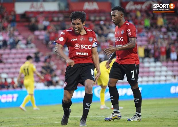 Xuân Trường đá chính, Buriram United thua sốc đội bóng của Messi Lào - Ảnh 2.