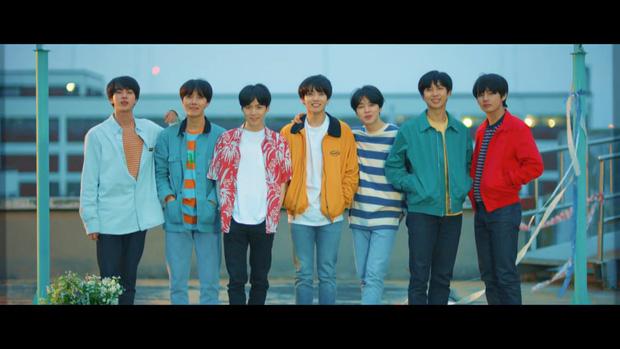 Em út BTS vừa đạt thành tích cá nhân gì mà chưa một thành viên nào khác làm được trên mặt trận Billboard? - Ảnh 3.