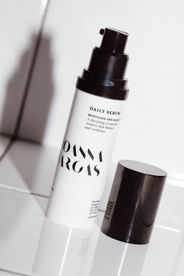 Để da nhanh hết mụn và nhanh khỏe đẹp, bạn đừng bôi linh tinh mà hãy cân nhắc 8 sản phẩm dưỡng ẩm dành riêng cho da mụn này - Ảnh 8.