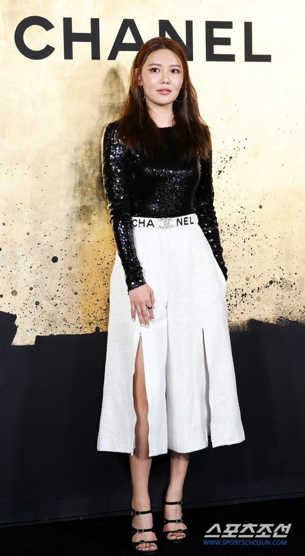 Sự kiện Chanel tại Seoul: Kristen Stewart xuất hiện với diện mạo dọa ma, chị em nhà Jessica - Krystal xuống sắc - Ảnh 7.