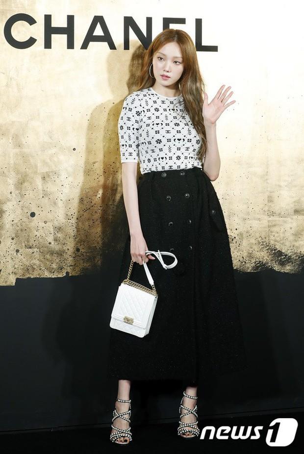 Sự kiện Chanel tại Seoul: Kristen Stewart xuất hiện với diện mạo dọa ma, chị em nhà Jessica - Krystal xuống sắc - Ảnh 8.