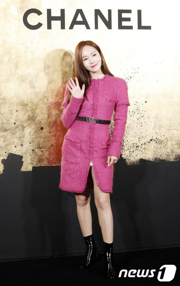 3 màn đụng độ gây bão: Sooyoung gặp cựu thành viên SNSD, nàng thơ của Lee Min Ho bị dàn idol và siêu mẫu lấn át - Ảnh 3.