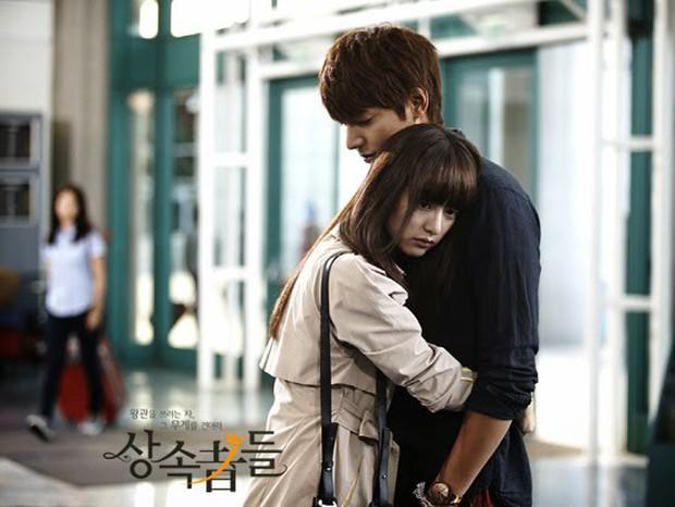 Đối xử với từ Song Joong Ki đến Lee Min Ho như anh em, nữ