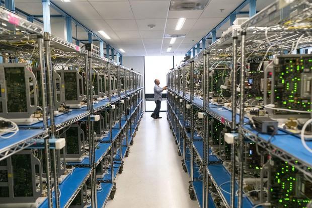 Khám phá cơ sở thử nghiệm sản phẩm tối mật của Apple, nơi test độ bền iPhone với nhiệt độ -40 độ C - Ảnh 1.