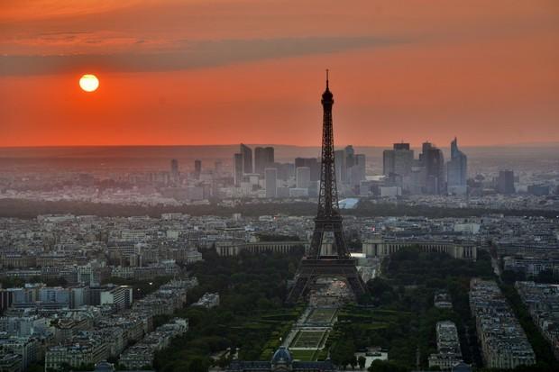 Paris sẽ xây dựng một khu vườn dành cho người đi bộ ngay dưới chân tháp Eiffel với trị giá hơn 80 triệu đô - Ảnh 7.