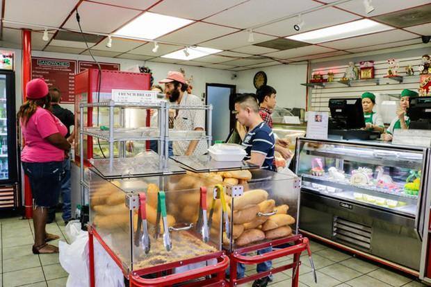 Không biết từ khi nào, ẩm thực Việt Nam đã lặng lẽ thống trị thành phố biển New Orleans (Mỹ) - Ảnh 3.
