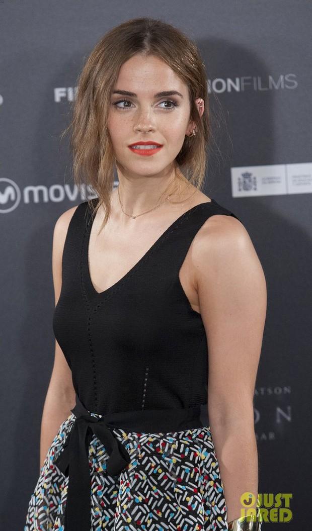 Hành trình tuột dốc nhan sắc của Emma Watson sau 18 năm: Ai ngờ Bông hoa đẹp nhất nước Anh lại chóng tàn đến vậy - Ảnh 12.