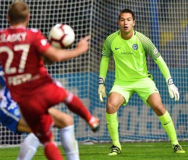 Điểm mặt 3 cầu thủ Việt kiều khiến HLV Park Hang-seo đích thân vi hành sang châu Âu theo dõi - Ảnh 2.