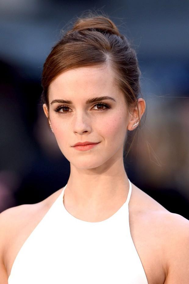 Hành trình tuột dốc nhan sắc của Emma Watson sau 18 năm: Ai ngờ Bông hoa đẹp nhất nước Anh lại chóng tàn đến vậy - Ảnh 10.