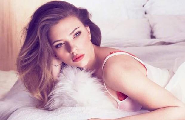 Nhìn loạt ảnh này mới thấy, Black Widow Scarlett Johansson đẹp đến nín thở vậy mà bị phim dìm hàng đi phân nửa - Ảnh 3.