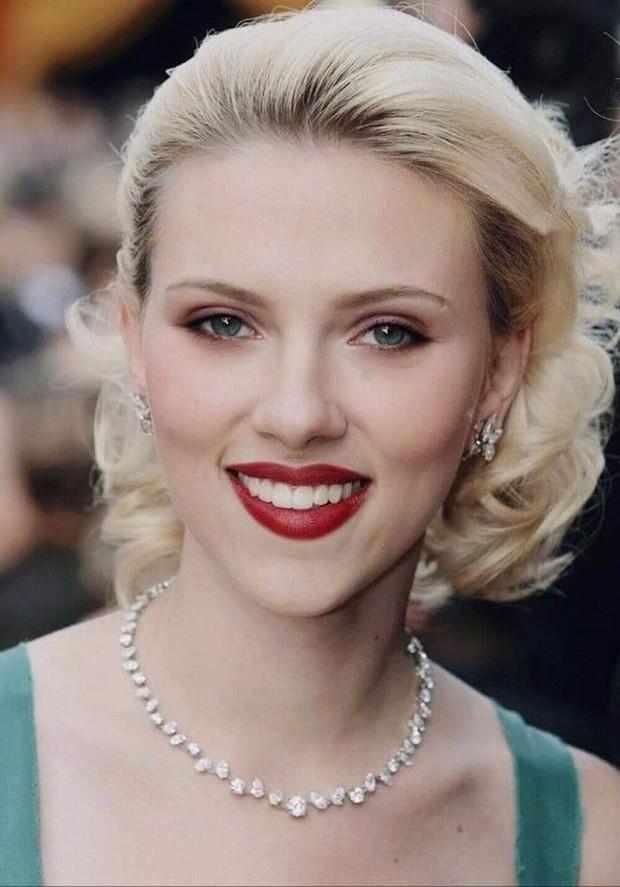 Nhìn loạt ảnh này mới thấy, Black Widow Scarlett Johansson đẹp đến nín thở vậy mà bị phim dìm hàng đi phân nửa - Ảnh 1.