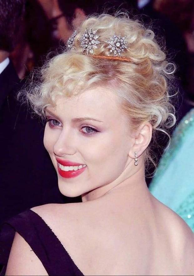 Nhìn loạt ảnh này mới thấy, Black Widow Scarlett Johansson đẹp đến nín thở vậy mà bị phim dìm hàng đi phân nửa - Ảnh 8.