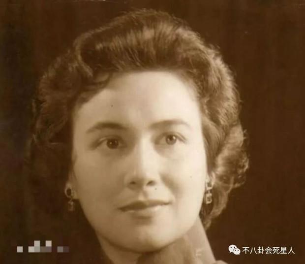 Người vợ giúp Hà Hồng Sân gây dựng đế chế casino: Hết lòng để bị phụ bạc, con trai tử vong vì tai nạn, con gái điên loạn - Ảnh 1.