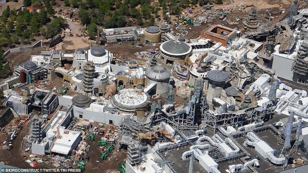 Sắp lộ diện công viên chủ đề Star Wars y hệt trong phim khiến các fan Disney đứng ngồi không yên - Ảnh 4.