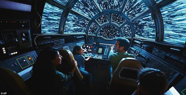 Sắp lộ diện công viên chủ đề Star Wars y hệt trong phim khiến các fan Disney đứng ngồi không yên - Ảnh 15.