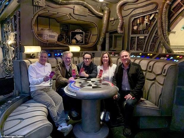 Sắp lộ diện công viên chủ đề Star Wars y hệt trong phim khiến các fan Disney đứng ngồi không yên - Ảnh 16.