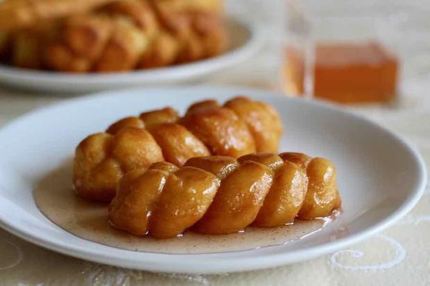 Trang ẩm thực nước ngoài chọn ra các món bánh ăn sáng ngon nhất, Việt Nam cũng lọt vào một món - Ảnh 7.