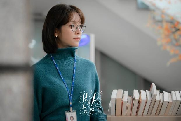 Chị đẹp bản 2019 hất cẳng fangirl Park Min Young: Tia hi vọng cho phim tình cảm Hàn đang ế chỏng chơ? - Ảnh 2.