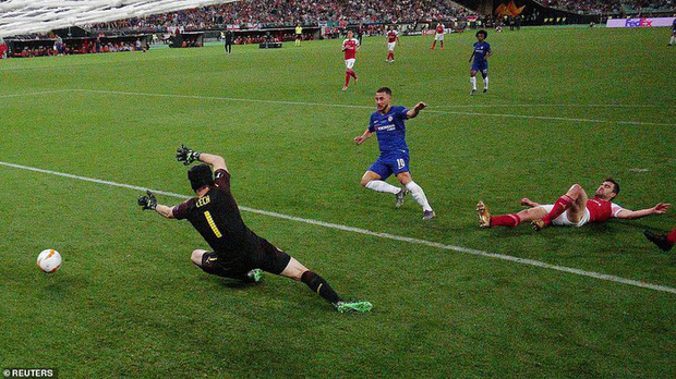 Dư âm chung kết Europa League: Tạm biệt Eden Hazard, sát thủ lạnh lùng với trái tim nồng ấm - Ảnh 1.