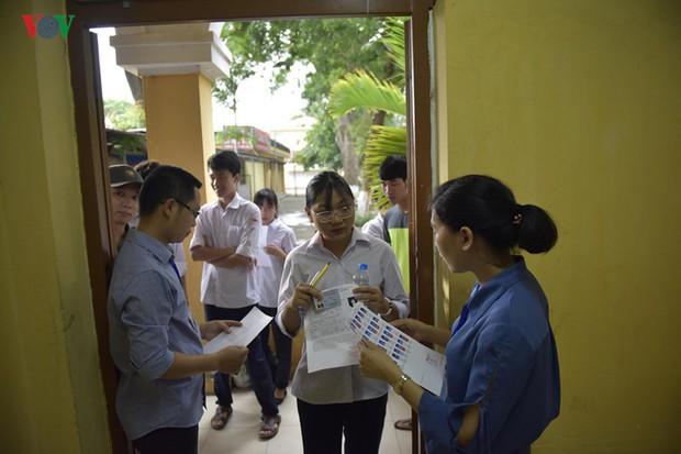 Tránh gian lận thi cử: Hà Nội lắp đặt camera tại 169 điểm thi lớp 10 - Ảnh 1.