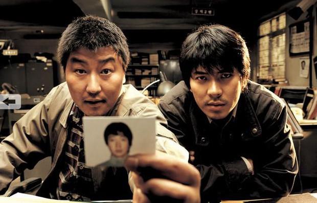 """Đẳng cấp đạo diễn Bong Joon Ho: Đưa Song Kang Ho một bước thành sao, biến """"Đội trưởng Mỹ"""" Chris Evans thành kẻ nổi loạn - Ảnh 3."""