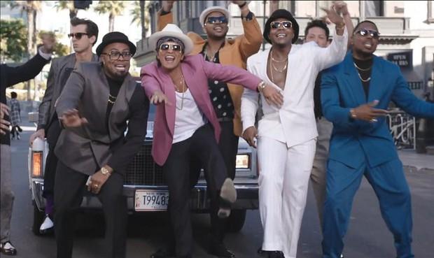 Lịch sử của BXH Billboard Hot 100 từng chứng kiến những ca khúc bám trụ dai dẳng tại top 10 như thế này đây! - Ảnh 8.