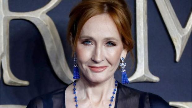 Tin được không: J. K. Rowling sắp trở lại với 4 quyển sách mới tinh về thế giới pháp thuật Harry Potter! - Ảnh 3.