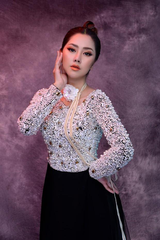 Danh tính MC mới của Confetti Việt Nam: Mỹ nhân cùng thời Hà Tăng, từng gây xôn xao với chiếc mũi lệch xiêu vẹo - Ảnh 10.
