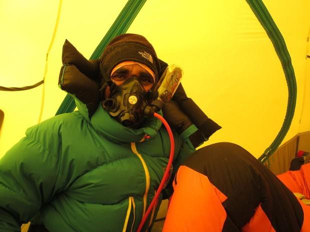 10 sự thực nhiều người chưa biết về hành trình chinh phục Everest: Siêu tốn kém, chuẩn bị không kỹ thì chỉ bỏ mạng - Ảnh 8.