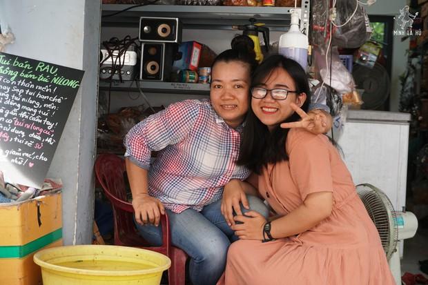 Người tặng tấm biển Tui bán rau, không bán túi nilon cho các sạp hàng ở Sài Gòn: Các cô chú làm được thì chúng mình cũng làm được! - Ảnh 8.