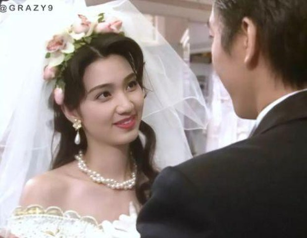 27 mỹ nhân tuyệt sắc Hong Kong mặc váy cưới tinh khôi, Lê Tư hay Châu Huệ Mẫn mới kinh diễm hơn cả? - Ảnh 22.