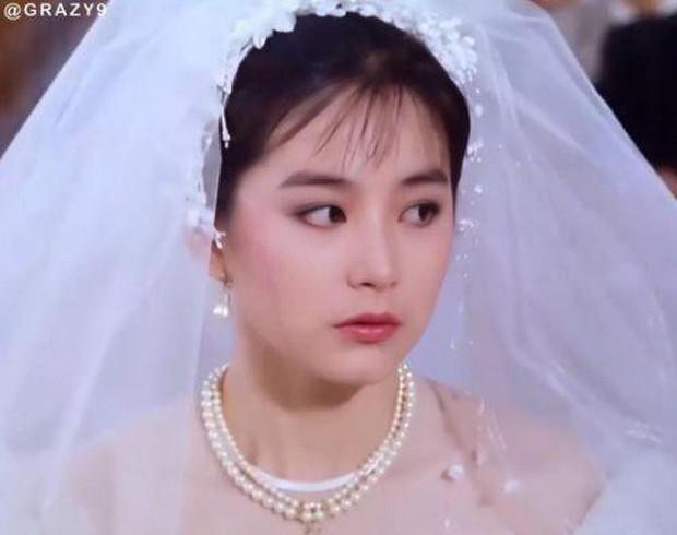 27 mỹ nhân tuyệt sắc Hong Kong mặc váy cưới tinh khôi, Lê Tư hay Châu Huệ Mẫn mới kinh diễm hơn cả? - Ảnh 3.