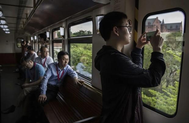 Đại bản doanh của Huawei ở Trung Quốc đẹp tựa châu Âu thu nhỏ, nhân viên đi làm mà cứ như đi nghỉ dưỡng - Ảnh 19.