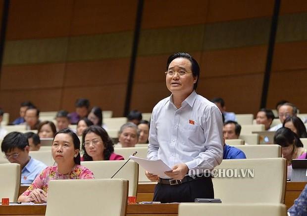 Bộ trưởng Phùng Xuân Nhạ nhận trách nhiệm vụ gian lận thi cử - Ảnh 1.
