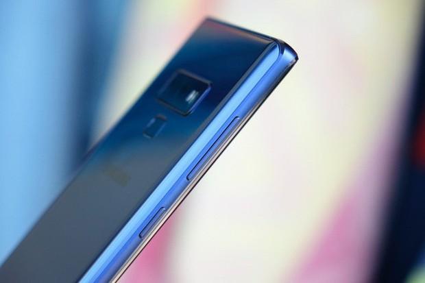 Galaxy Note 10 sẽ không có jack cắm tai nghe, các phím vật lý cũng bị loại bỏ? - Ảnh 1.