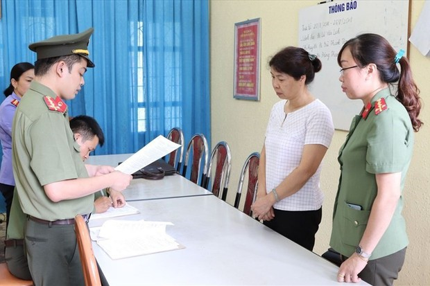 Trung tướng Lương Tam Quang nói về thông tin 1 tỉ đồng/suất nâng điểm - Ảnh 1.