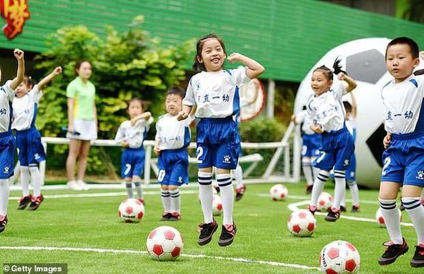 1/6, đột nhập những lớp đào tạo nghệ thuật, năng khiếu hà khắc đến khủng khiếp dành cho trẻ em tại Trung Quốc - Ảnh 22.