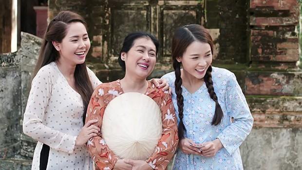 Danh tính MC mới của Confetti Việt Nam: Mỹ nhân cùng thời Hà Tăng, từng gây xôn xao với chiếc mũi lệch xiêu vẹo - Ảnh 5.