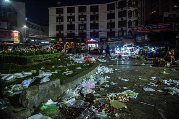 Tranh cãi về loạt ảnh cảnh tỉnh tình trạng xả rác ở Đà Lạt: Cư dân mạng chia thành 2 phe rõ rệt! - Ảnh 1.