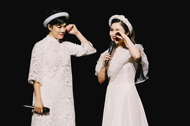 Nhìn lại chặng đường đã qua của Hương Tràm trước khi tạm dừng ca hát: Vinh quang song hành cùng scandal khi còn quá trẻ - Ảnh 20.
