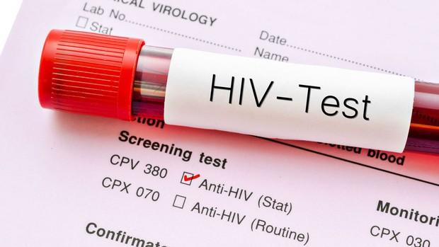 Bị kim tiêm, vật nhọn đâm: để chống phơi nhiễm HIV bạn nhất thiết phải lưu ý những điều sau - Ảnh 3.