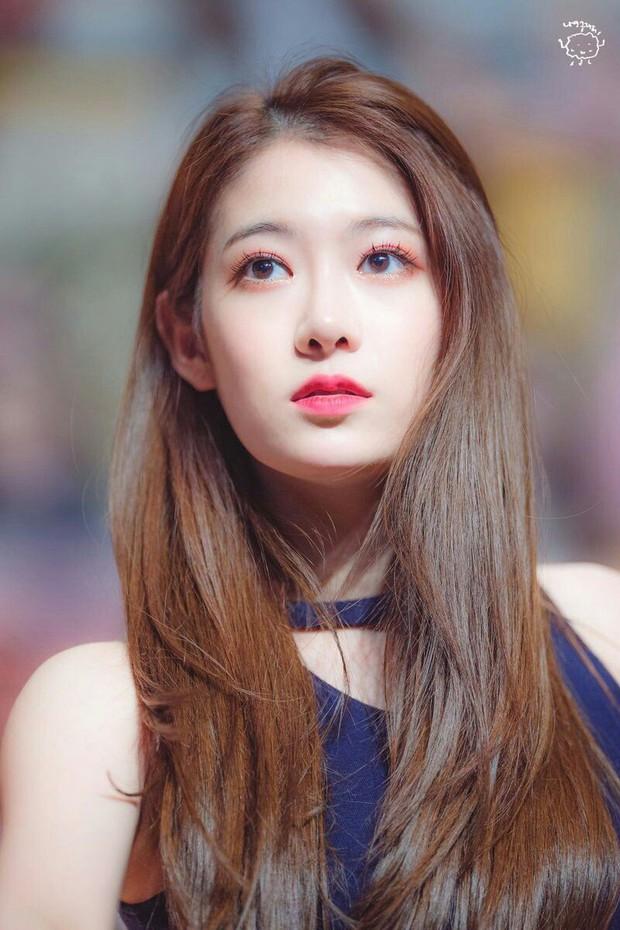 Trót làm lộ bằng chứng hẹn hò bí mật, nữ idol Kpop xóa luôn Instagram vì bị netizen tố công khai - Ảnh 2.