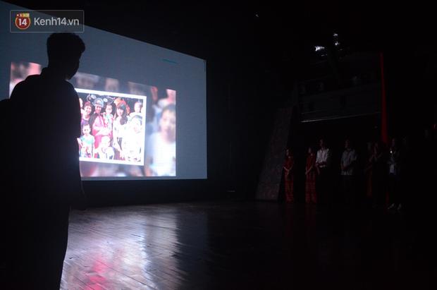 200 người đeo logo Đã uống rượu bia, không được lái xe đến đêm diễn ủng hộ gia đình nữ nhân viên Nhà hát Kịch bị ô tô tông tử vong - Ảnh 9.